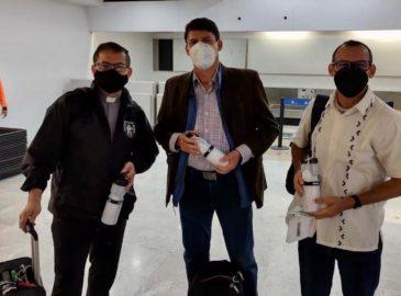Vuelven a Roma sacerdotes mexicanos desplazados por COVID-19