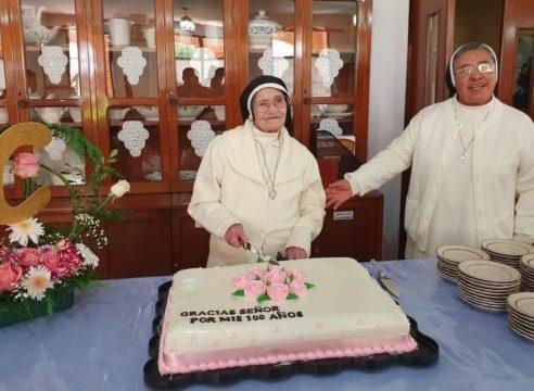 El secreto de la felicidad de una religiosa de 100 años