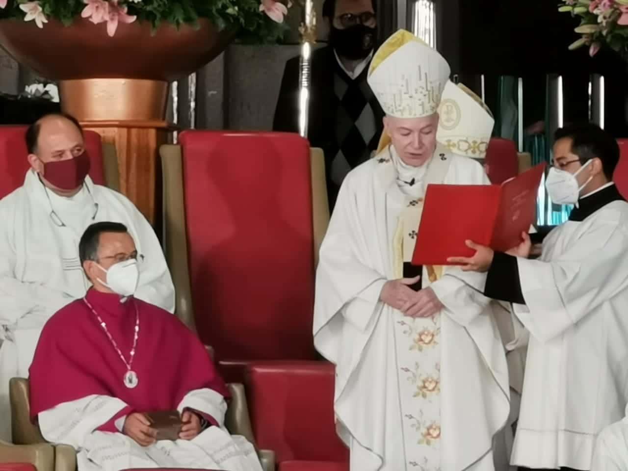 El Cardenal Aguiar nombró Canónigo de la Basílica de Guadalupe al padre Efraín Hernández.