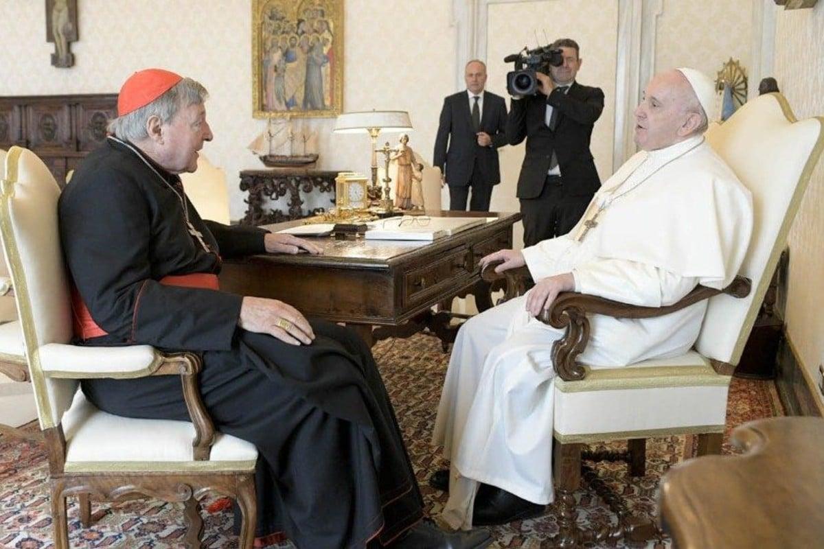 El Papa Francisco en audiencia con el Cardenal George Pell. Foto: Vatican Media.