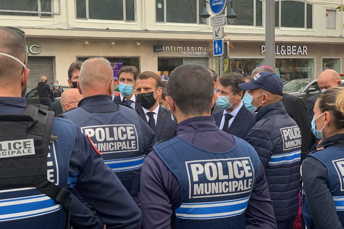 La zona fue resguardada por la policía. Foto: Twitter @cestrosi