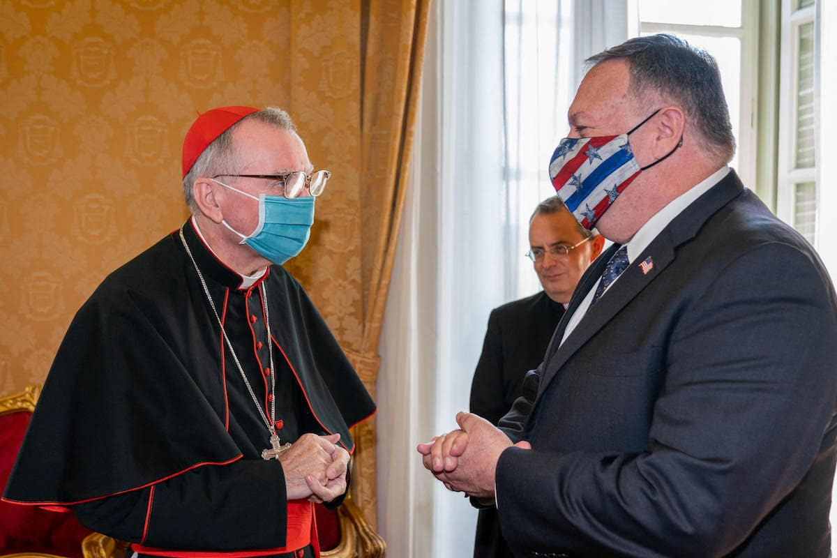 El Cardenal Pietro Parolin y el secretario de estado estadounidense, Mike Pompeo. Foto: @SecPompeo