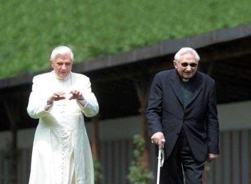 Benedicto XVI cede a la Iglesia la herencia de su hermano fallecido