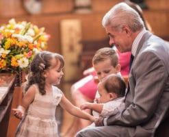 Abuelos y mayores, no se jubilen de una tarea fundamental: evangelizar