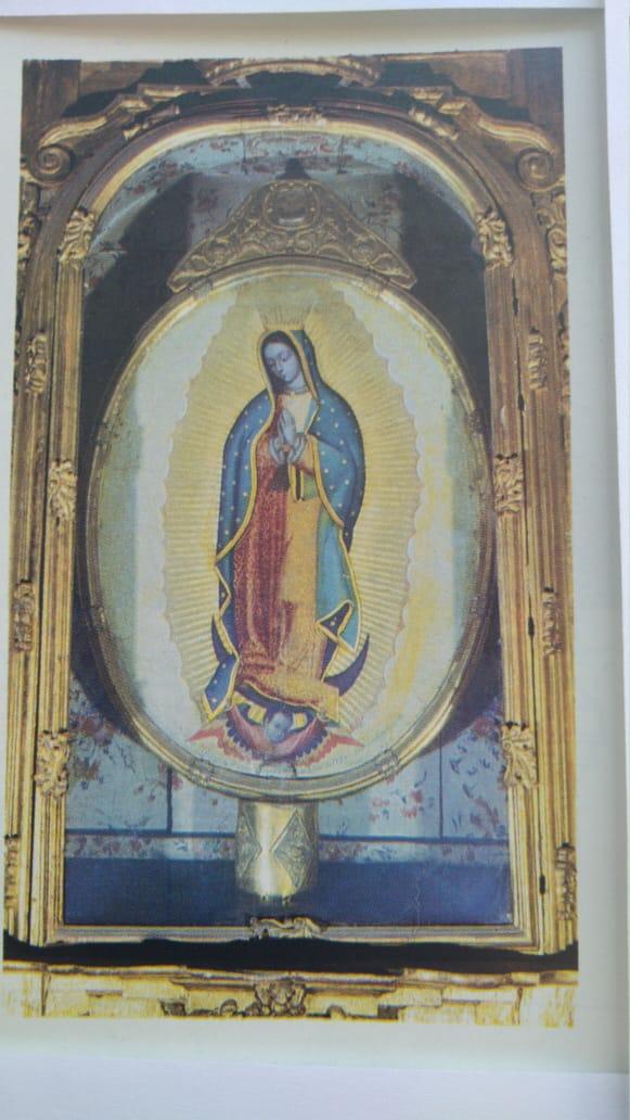 Pintura de la Virgen de Guadalupe en la Capilla de las Reliquias de la Catedral de México