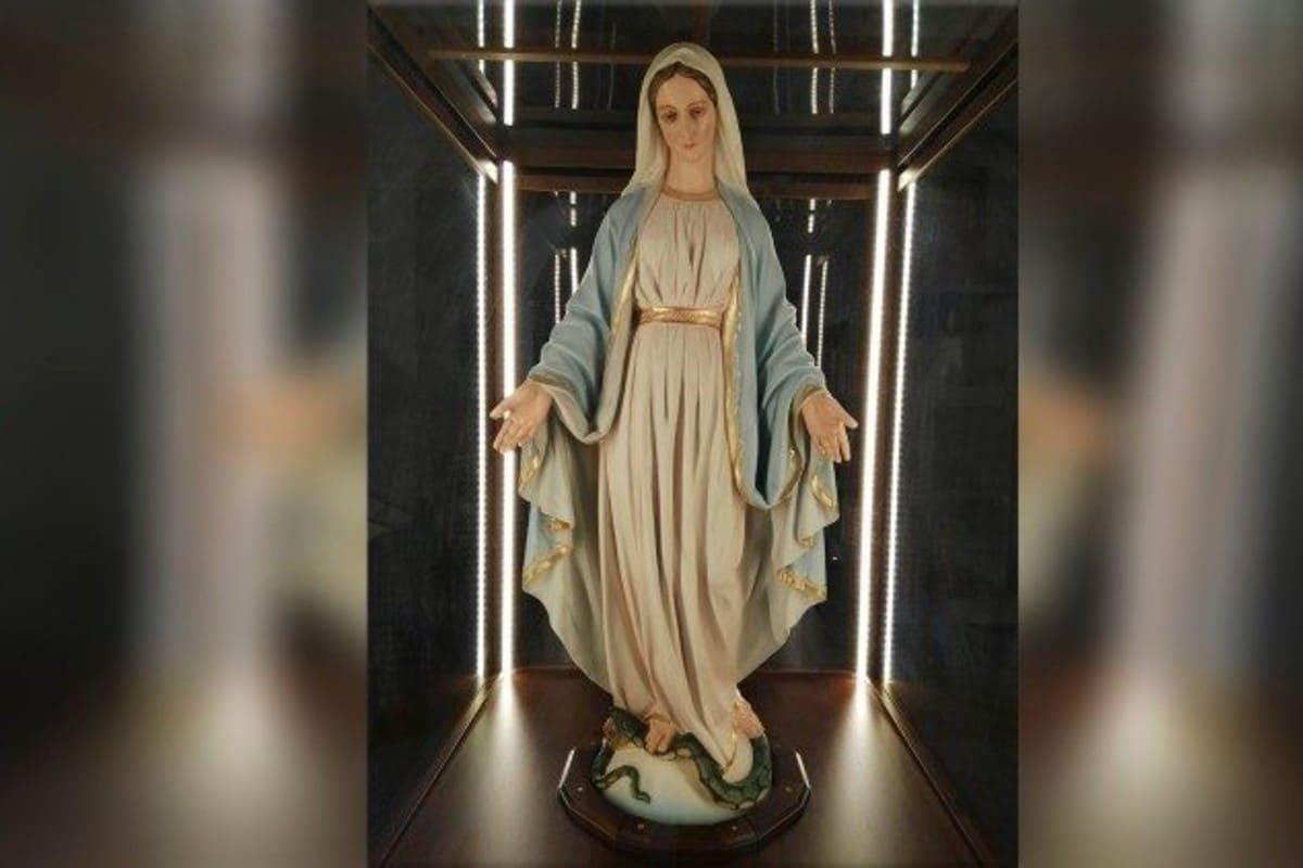 Sagrada Efigie de la Virgen de la Medalla Milagrosa.
