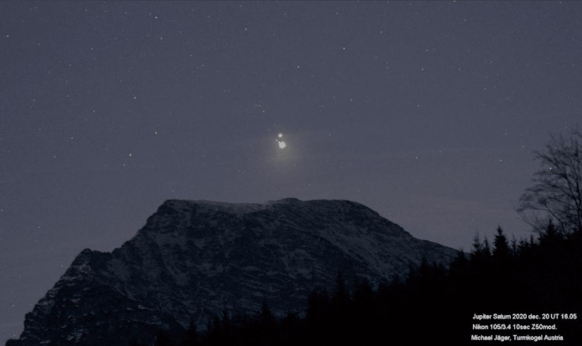 Una conjunción de Júpiter y Saturno similar a la que se pudo observar en diciembre de 2020 es relacionada con la estrella de Belén.