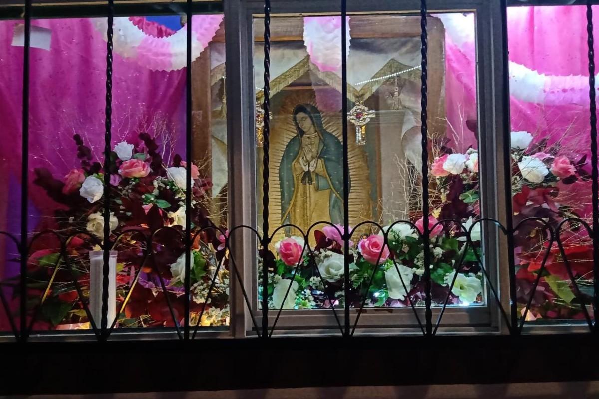 Altardes de la Virgen de Guadalupe.