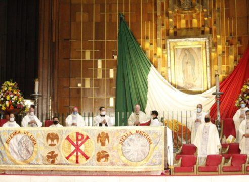 """Misa en Basílica de Guadalupe: """"Cada hogar, una casita sagrada"""""""