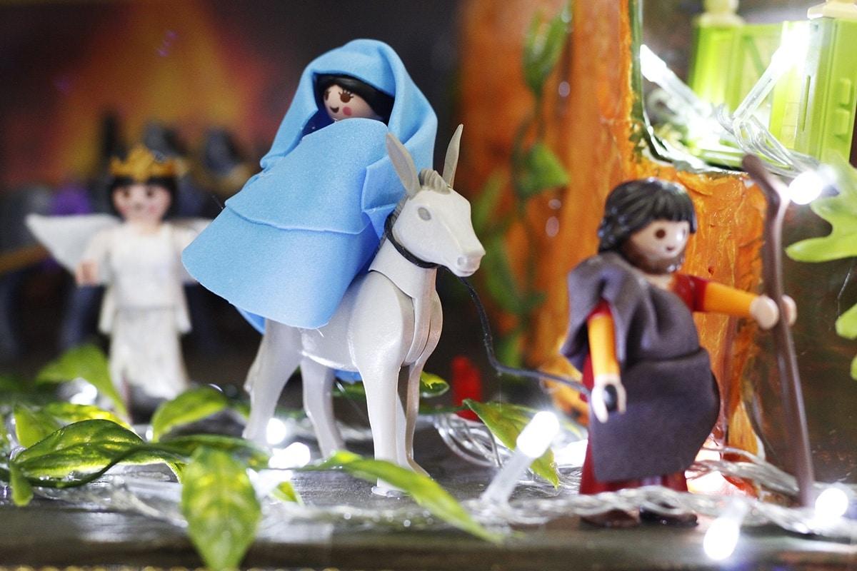 El Nacimiento con figuras de Playmobil era una ilusión del León Carlos Martínez Charre, de la Arquidiócesis de Tulancingo. Foto: Filiberto Monter Santiago.