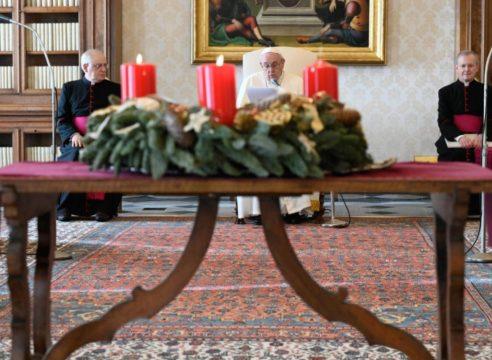 """Papa Francisco: """"Aprendamos a estar en la espera del Señor"""""""