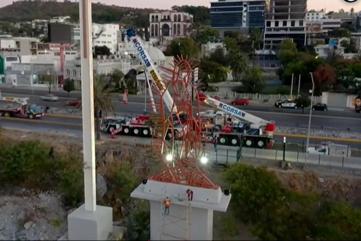 La Virgen fue colocada en su sitio original. Fotograma Telediario Monterrey.