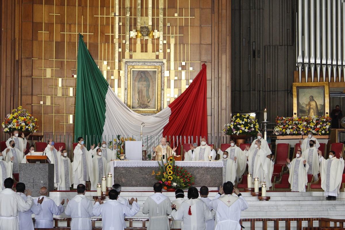 Misa exequial de Monseñor Daniel Rivera, en la Basílica de Guadalupe. Foto: Basílica de Guadalupe