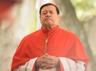 El Cardenal Norberto Rivera es hospitalizado por Covid-19
