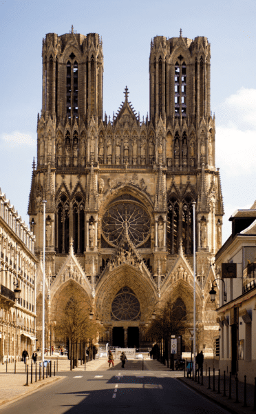 Catedral de Reims. Foto: Johan Bakker via Wikimedia Commons [CC BY-SA 3.0])