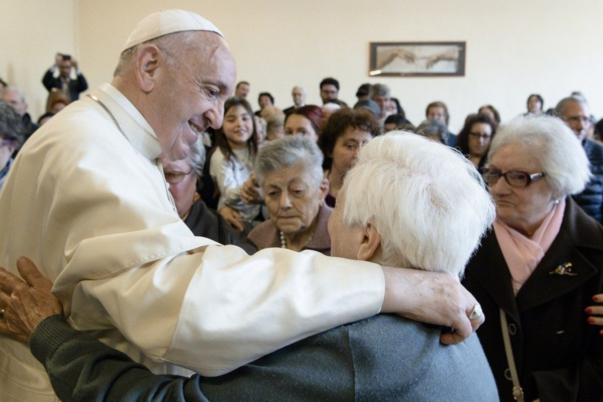 """La Pontificia Academia para la vida presentó el documento """"La vejez: nuestro futuro"""". Foto: Vatican Media."""