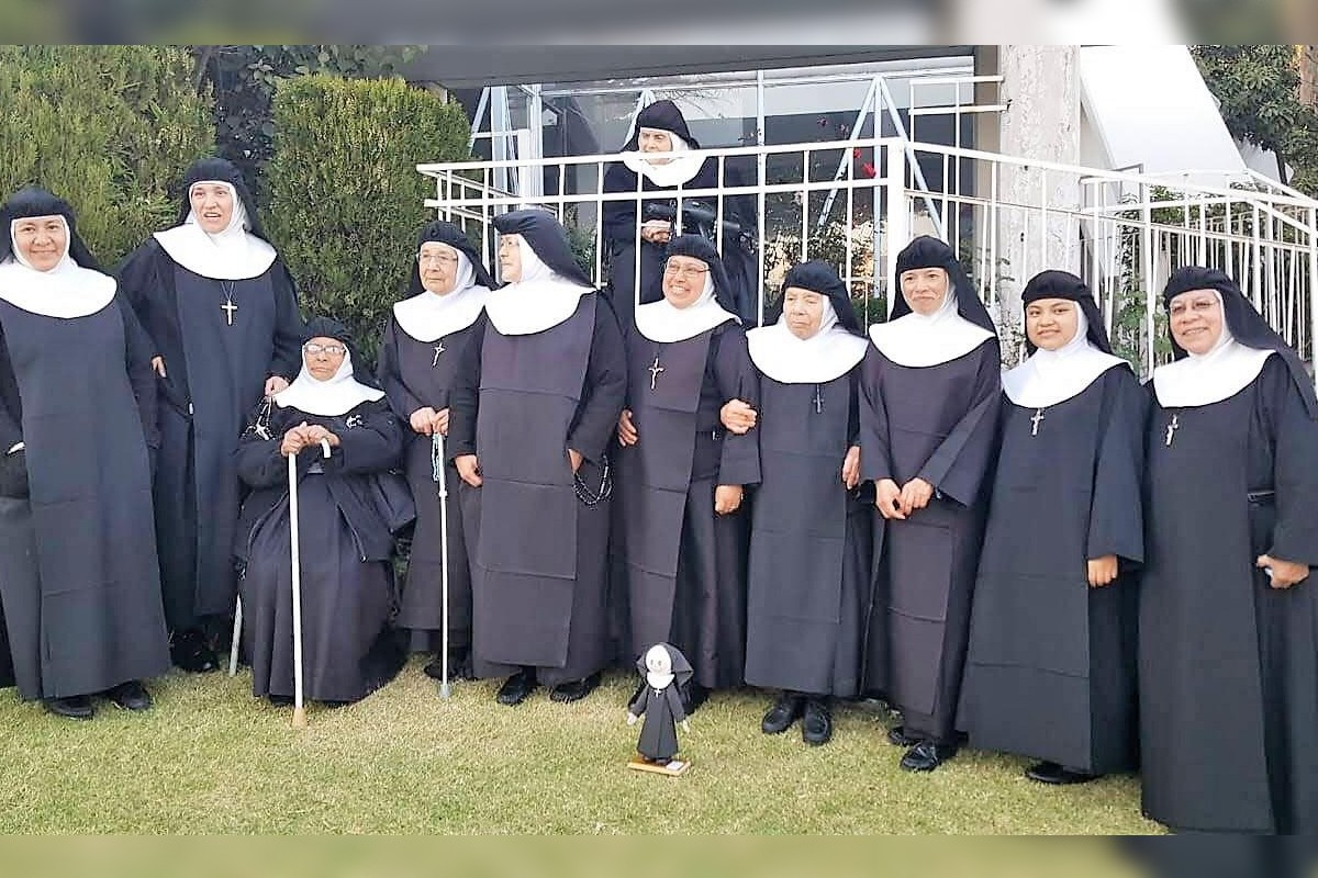 Las religiosas del convento de Nuestra Señora de la Consolación de las Agustinas Recoletas reunidas previo a la pandemia.