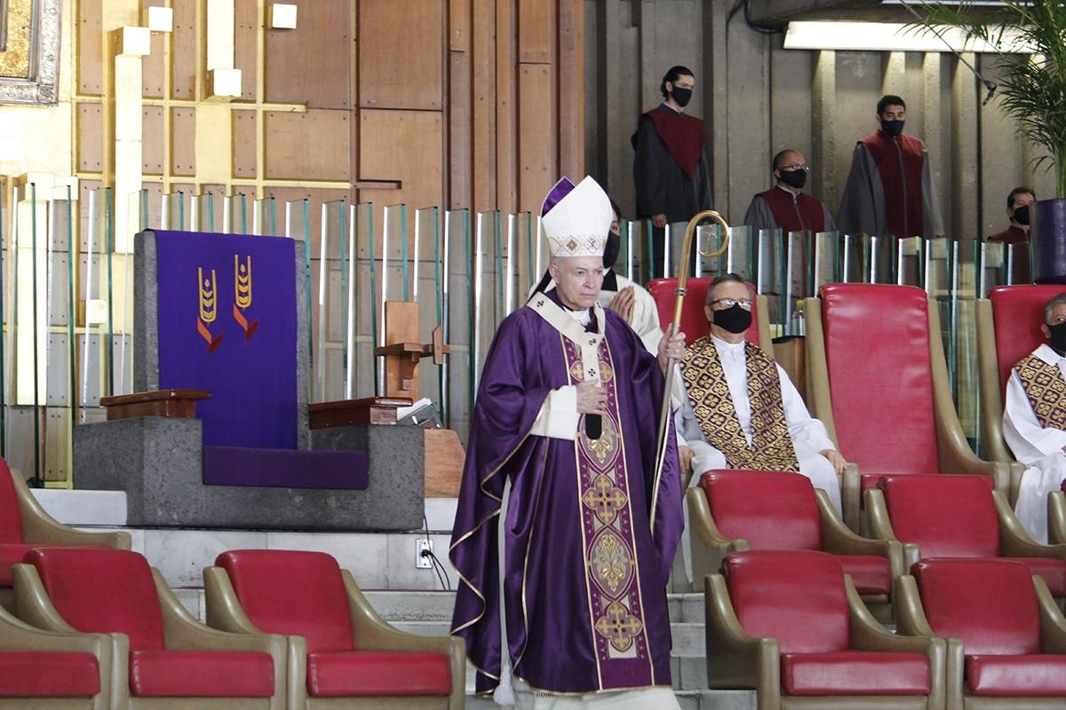 Arzobispo Carlos Aguiar: La violencia contra las mujeres es injustificable