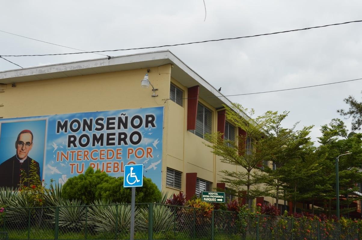 Vista del Hospital de la Divina Providencia en San Salvador. Foto: Hospital Divina Providencia/Facebook.