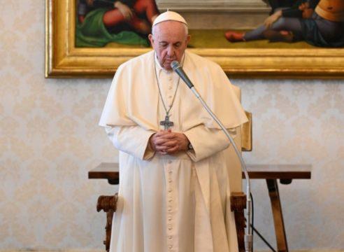 Papa Francisco: El pueblo iraquí tiene derecho a vivir en paz