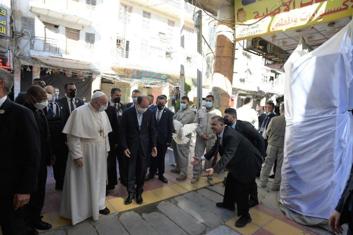 El segundo día de actividades del Papa Francisco en Irak fue un clamor por la paz.