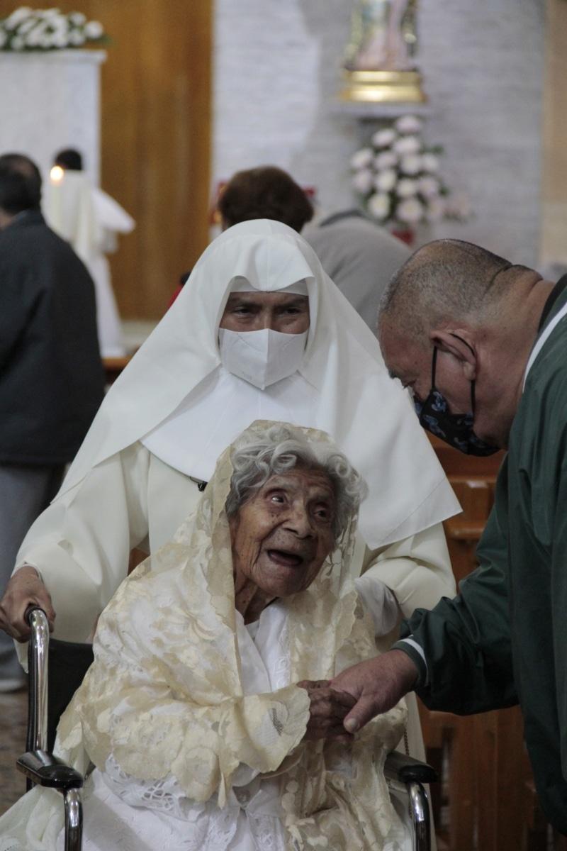 El asilo en que vive Cuquita está a cargo de las Hermanitas de los Ancianos Desamparados. Foto: Alejandro García: Desde la fe.