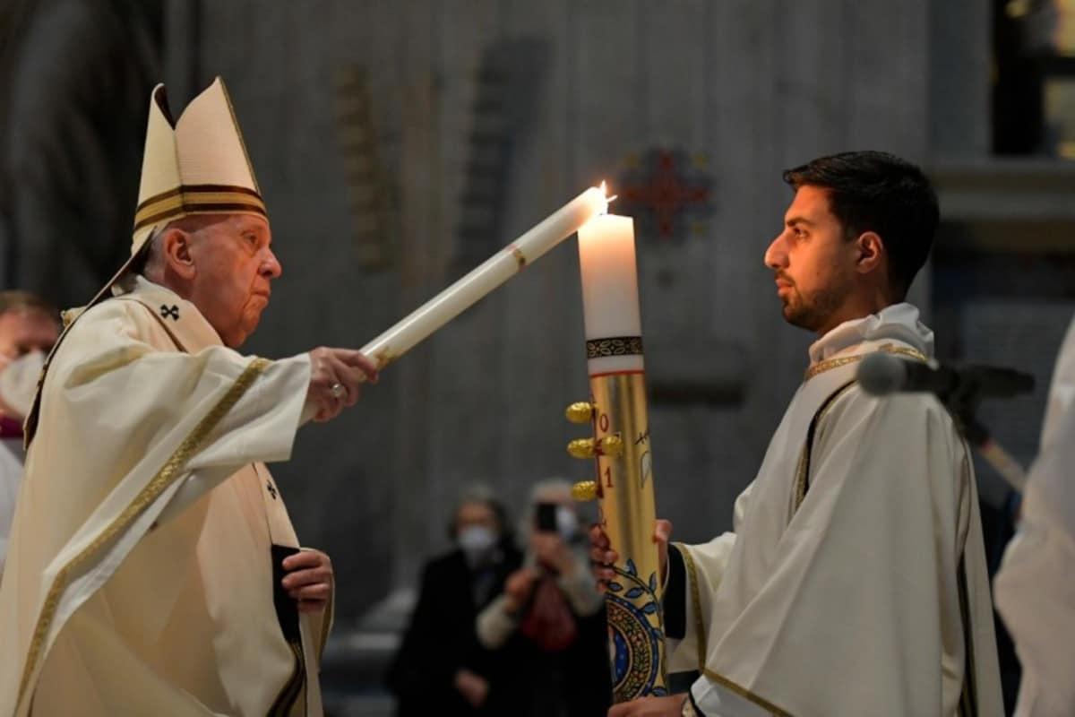 El Papa Francisco en la Vigilia Pascual 2021.
