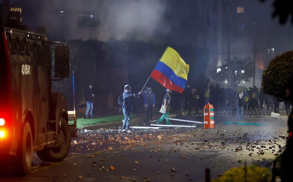 Protestas en Colombia por la Reforma Tributaria del presidente Iván Duque. Foto: EFE.