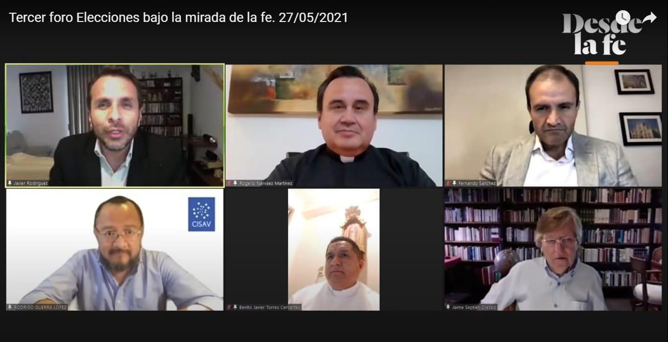 """Participantes del tercer Foro """"Elecciones bajo la mirada de la fe""""."""