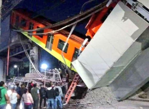 La Iglesia se une en oración por víctimas de la Línea 12 del Metro