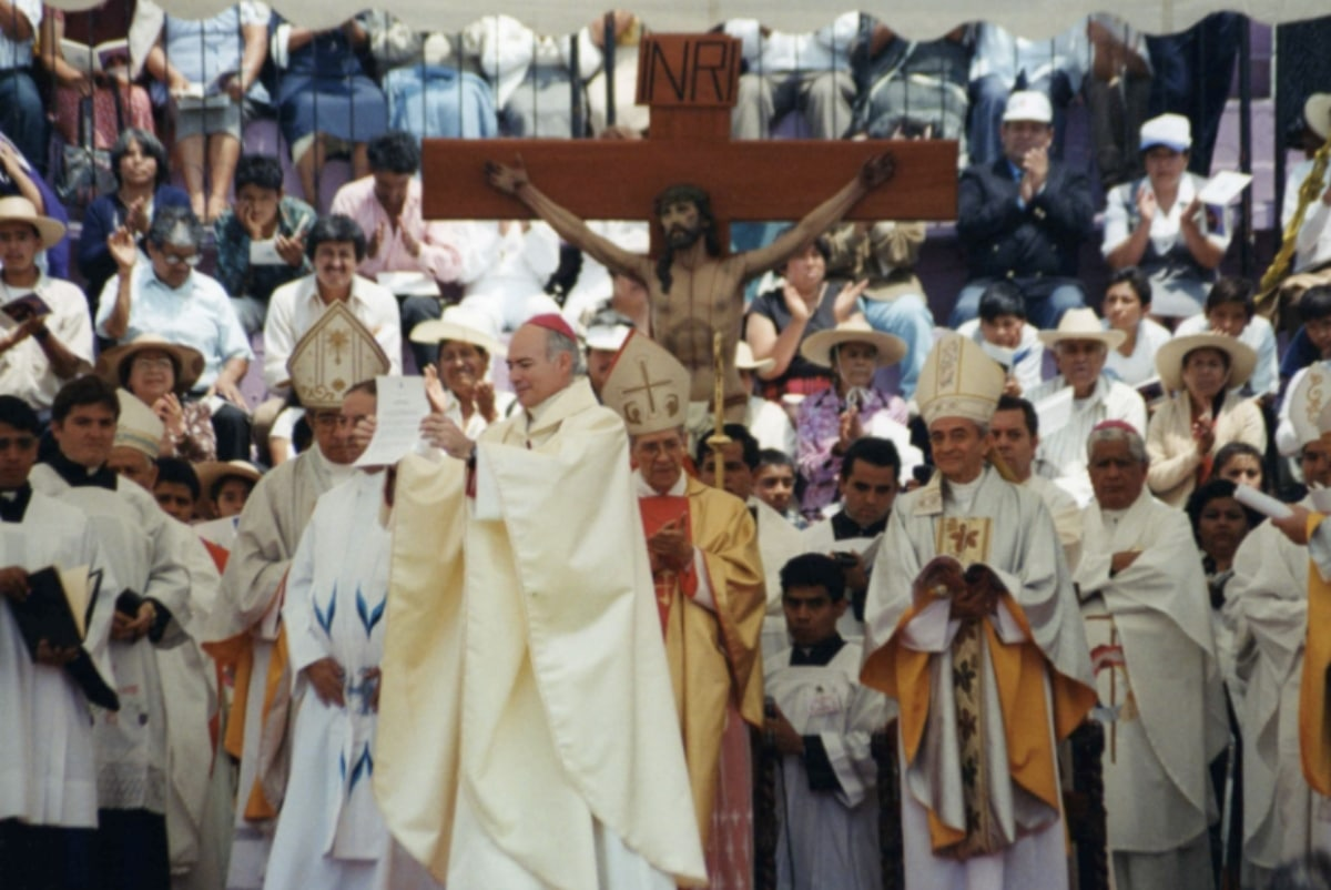 El 29 de junio de 1997 se realizó la ordenación episcopal del Card. Carlos Aguiar Retes. Foto: Arquidiócesis de Tlalnepantla.