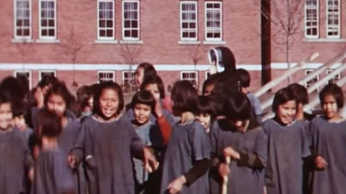 Niños de Kamloops Indian Residential School .Foto: YouTube/Royal BC Museum