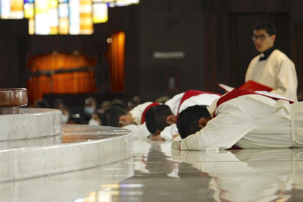 Este 29 de junio fueron ordenados 5 nuevos sacerdotes para la Arquidiócesis Primada de México. Foto: Basílica de Guadalupe