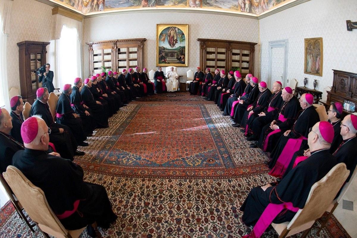 Obispos de EE.UU reunidos con el Papa Francisco. Foto de archivo: Vatican Media.