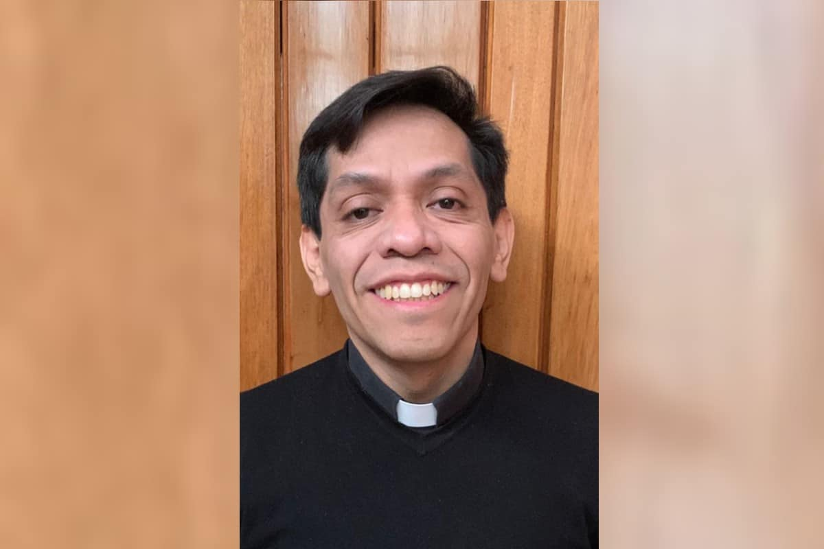 Padre Javier Paredes Cruz. Foto: Cortesía.