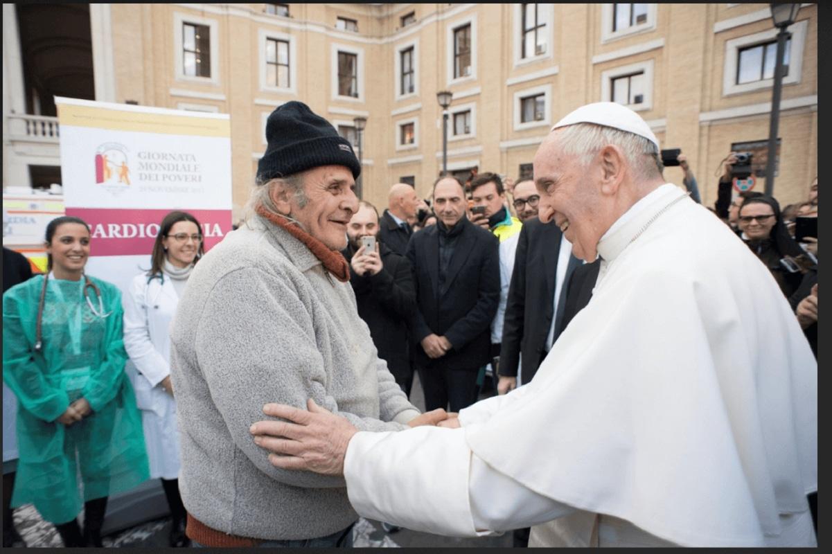 """El Papa Francisco en el Ángelus: """"El chismorreo es una peste"""""""
