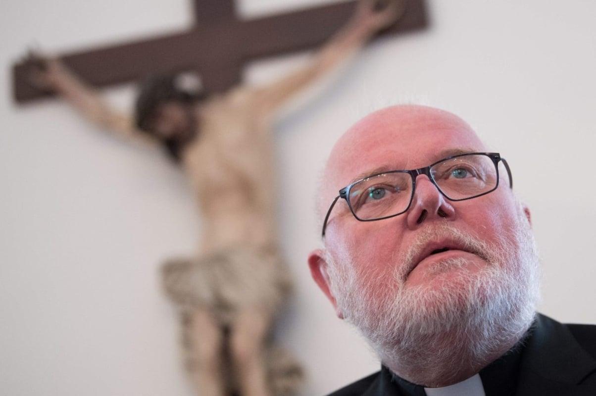 El Papa ruega a la Virgen Desatanudos por el fin de la pandemia