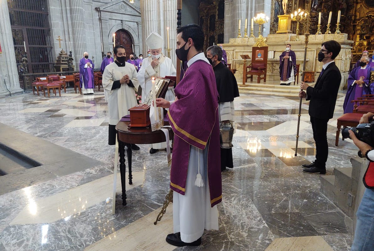 Misa de exequias de Mons. Abelardo Alvarado Alcántara en la Catedral de México / Foto: Ricardo Sánchez