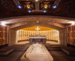 La Cripta de los Arzobispos de México: la última morada de los pastores