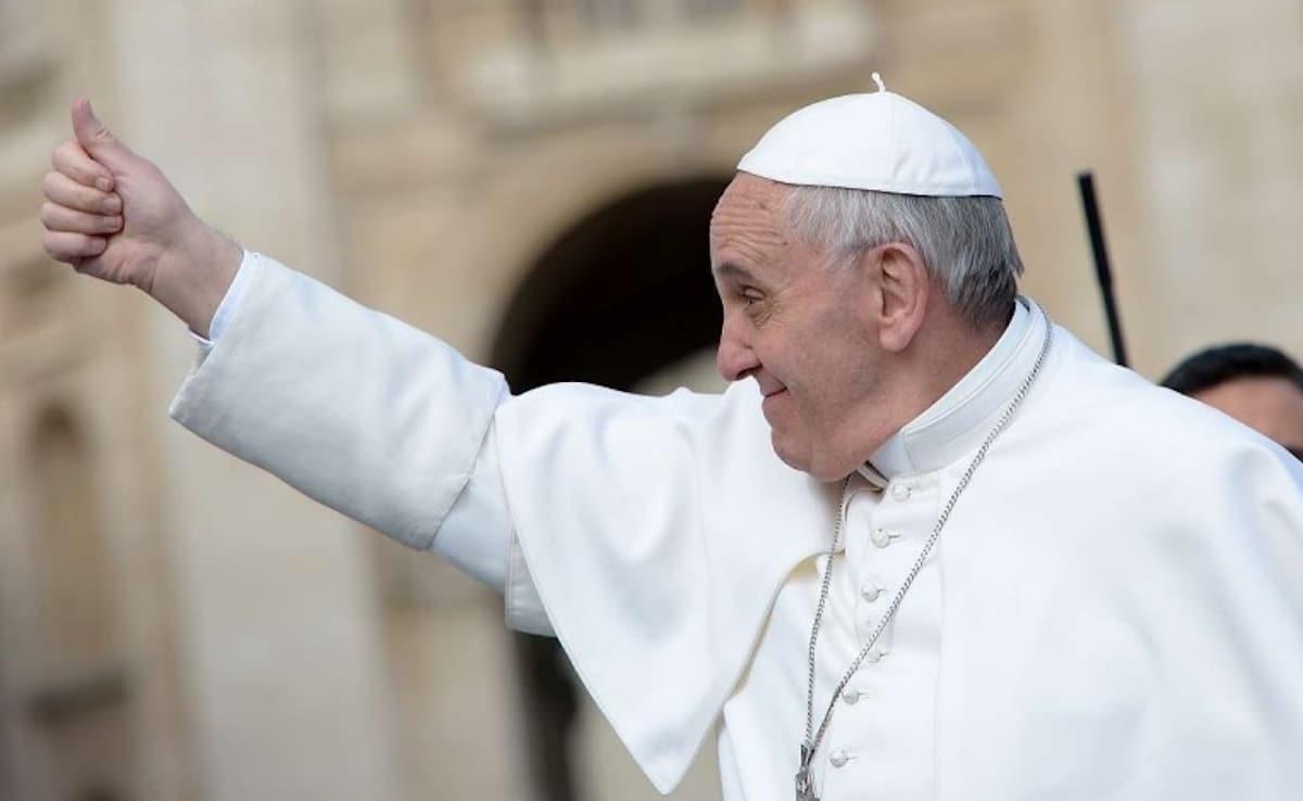 """El Papa pide a los franciscanos ir hacia la """"creación herida"""""""