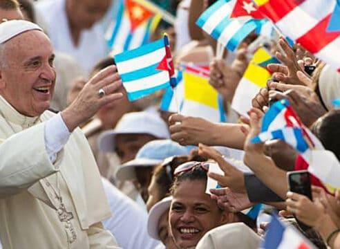 Las visitas de tres Papas a Cuba que han mostrado una Iglesia unida
