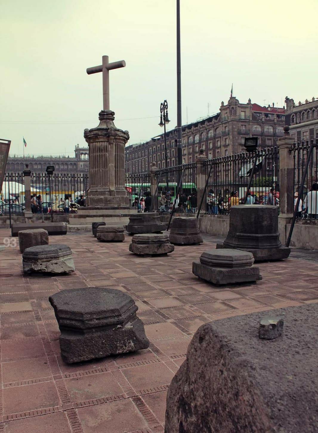 Piedras de la Primera Catedral de México