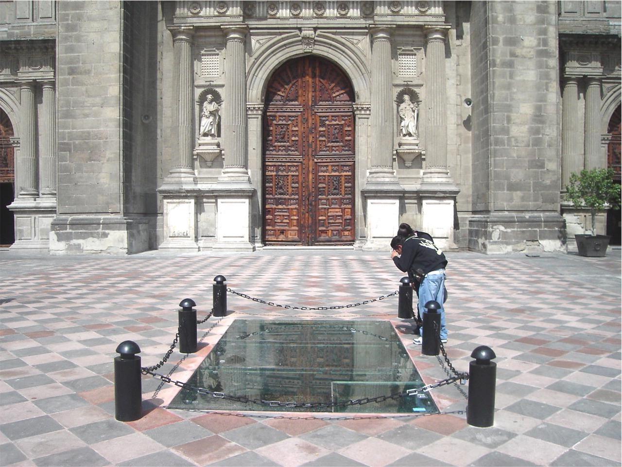 Ventanas desde donde se aprecia la Primera Catedral de México