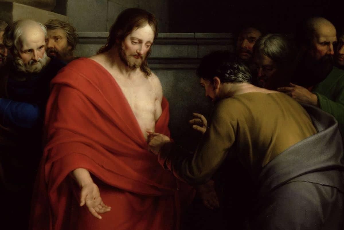 Santo Tomás puso su mano en las llagas de Jesús porque no creía que hubiera resucitado.