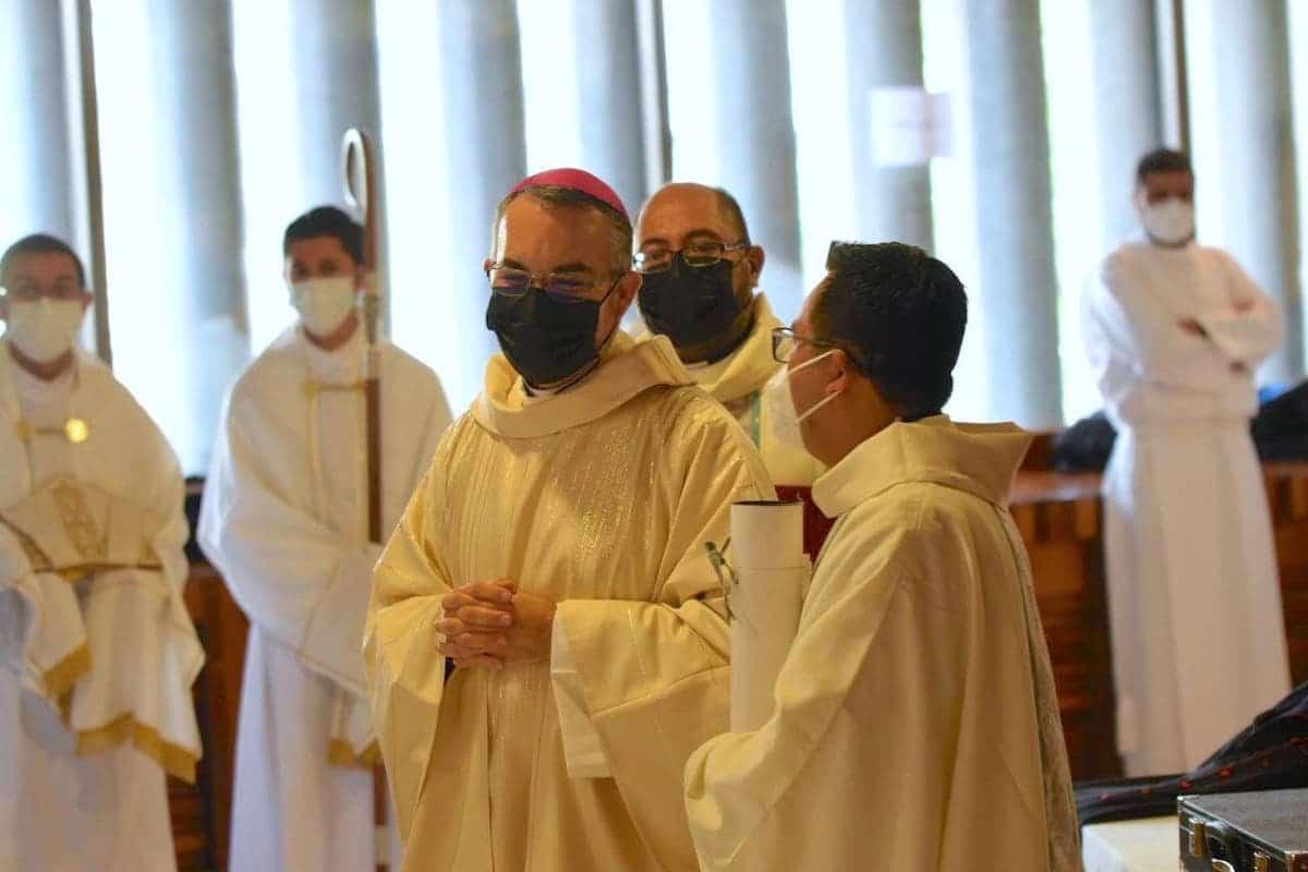 Mons. Andrés Luis García Jasso, previo a su ordenación episcopal. Foto: Jonathan Oregon