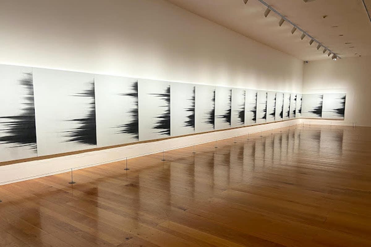 "Mario García Torres: ""Tú eres parte esencial de algo hermoso"", toner sobre pintura vinílica sobre tela."