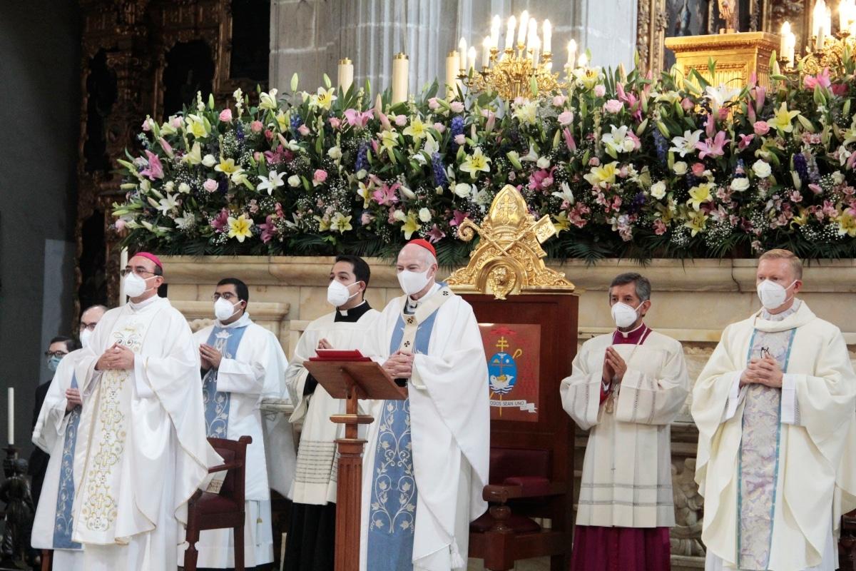 Misa por la Solemnidad de la Asunción de la Virgen María. Fiesta patronal de la Catedral de México. Foto: Alejandro García/Desde la fe.