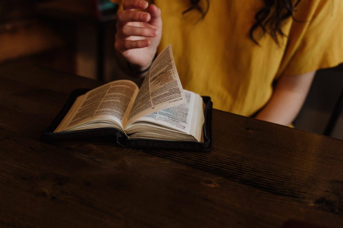 4 respuestas a 4 pretextos para no leer la Biblia