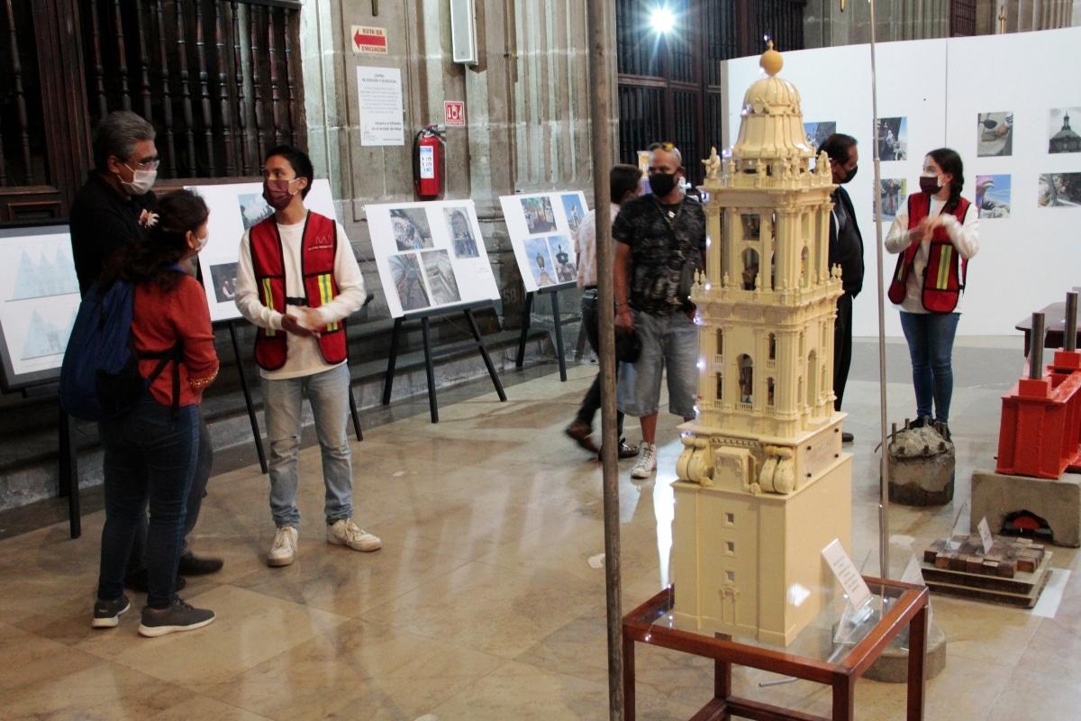 La exposición sobre la restauración se encuentra dentro de Catedral de México. Foto: Alejandro García/Desde la fe.