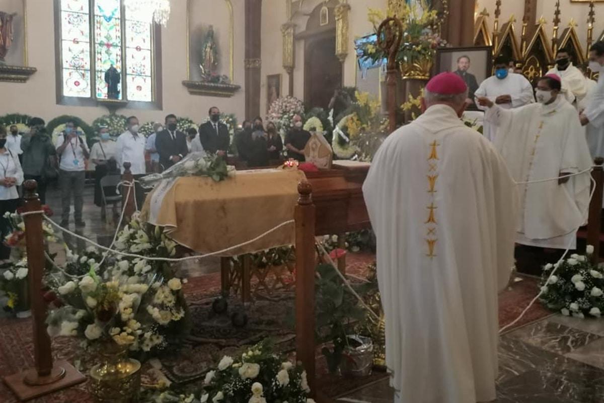 Misa de exequias del Arzobispo Hipólito Reyes.